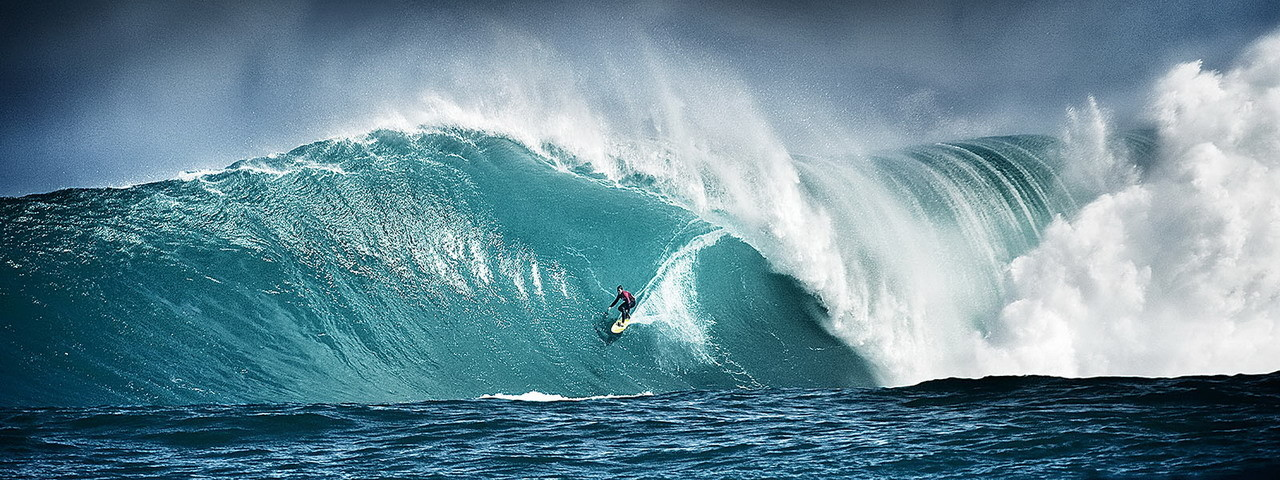 Obraz Surfing - Ride on the Wave