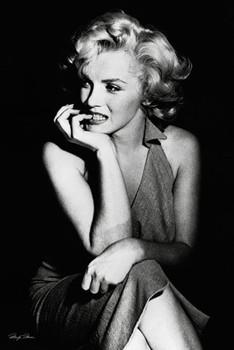 Marilyn Monroe - sitting Poster, Art Print