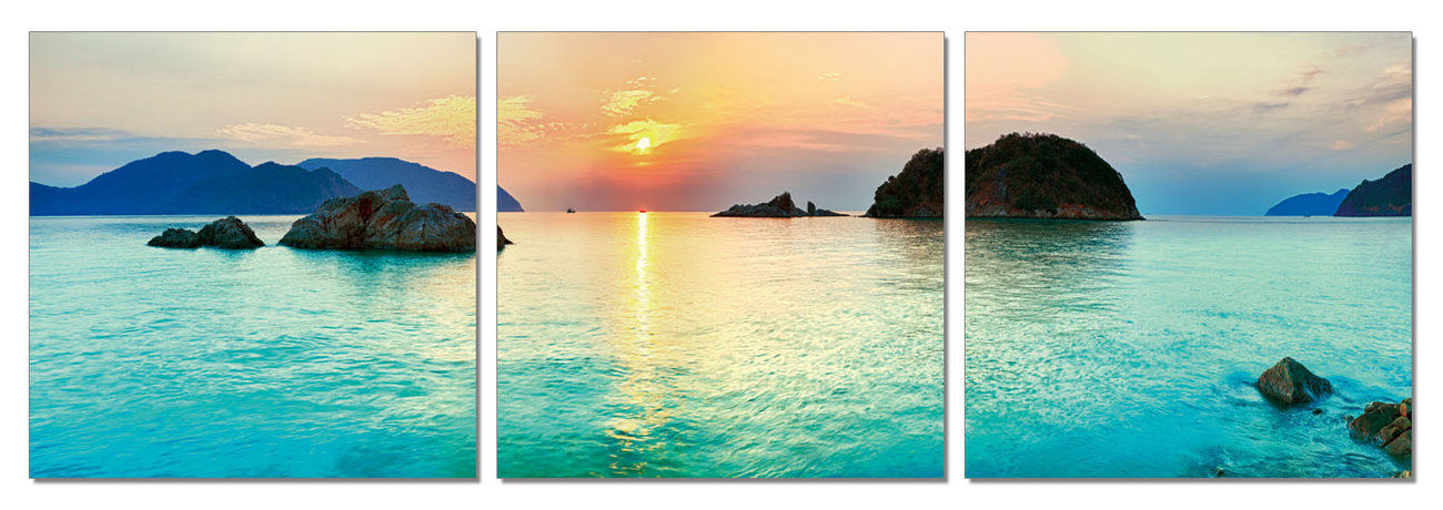Islands - Pacific Ocean Mounted Art Print | Buy at EuroPosters