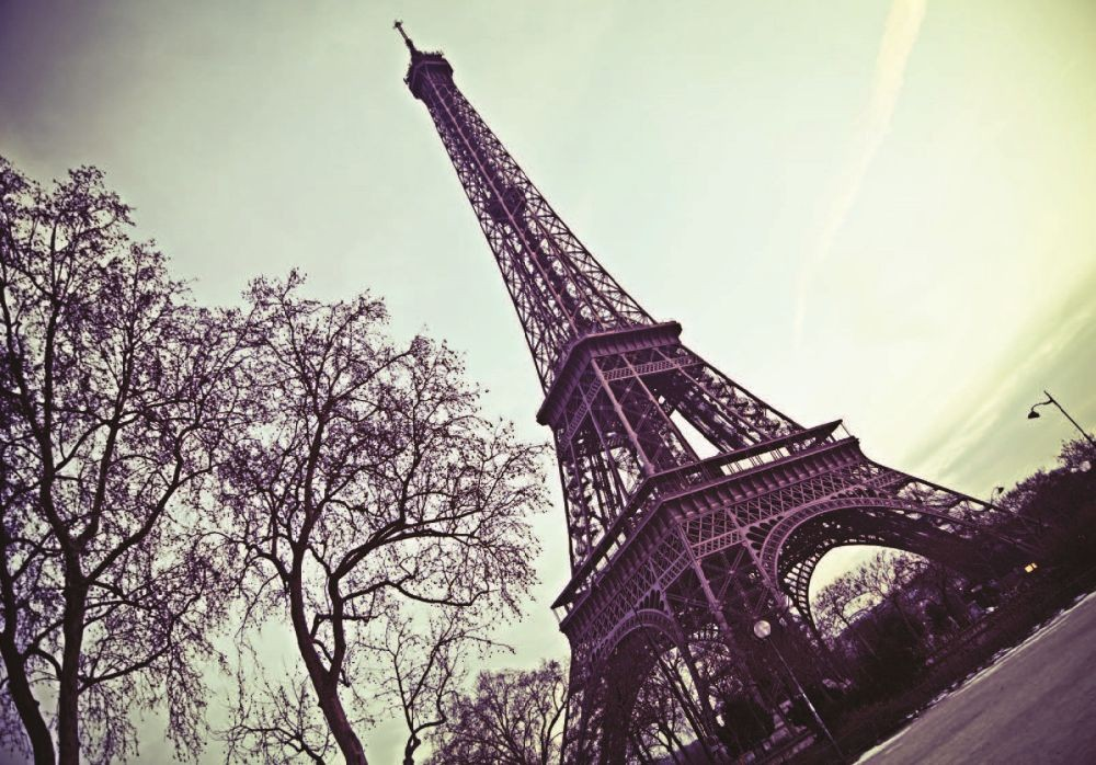Paris eiffel tower wall mural buy at europosters for Eiffel tower mural black and white