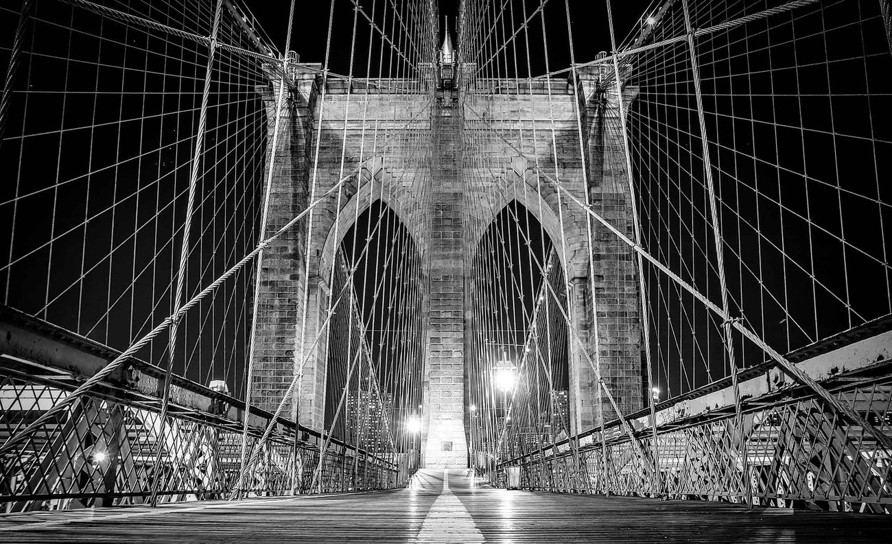 Brooklyn bridge new york wall paper mural buy at europosters for Brooklyn bridge black and white wall mural