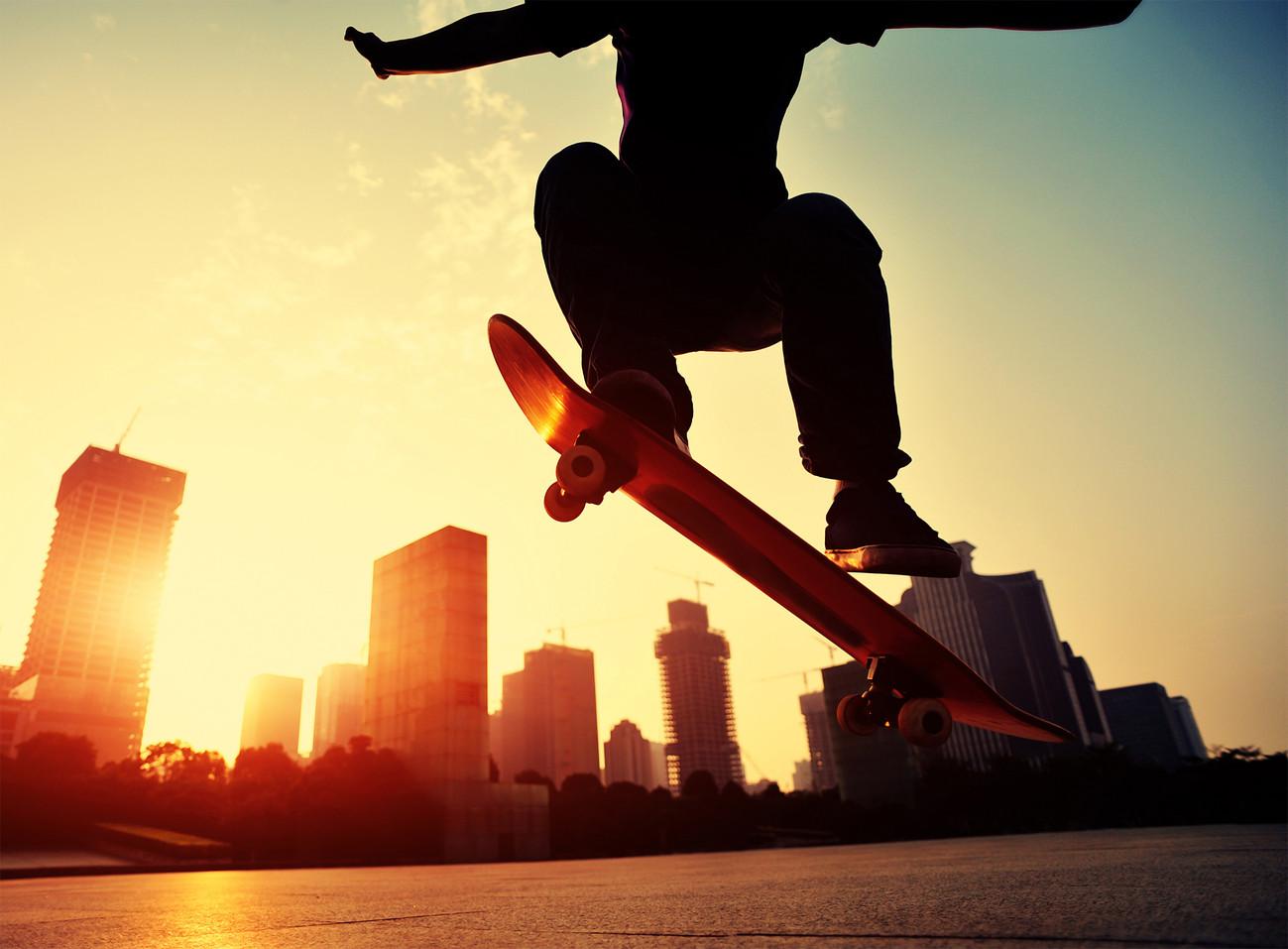 Skateboarder Street Wall Mural Buy At Ukposters