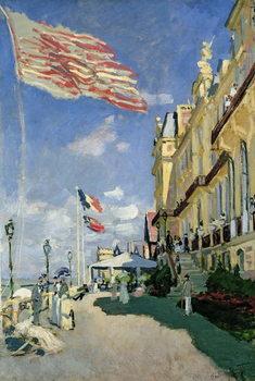 Reprodução do quadro  The Hotel des Roches Noires at Trouville, 1870