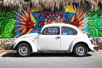 Arte Fotográfica Exclusiva White VW Beetle Car in Cancun