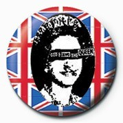 PUNK - GOD SAVE THE QUEEN Badge