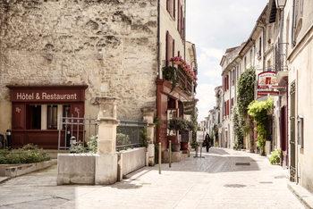 Eksklusiiviset taidevalokuvat Old Provencal Street in Uzès