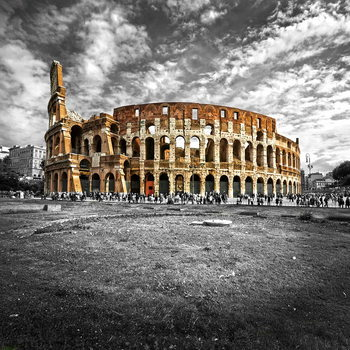 Glass Art Colosseum - b&w
