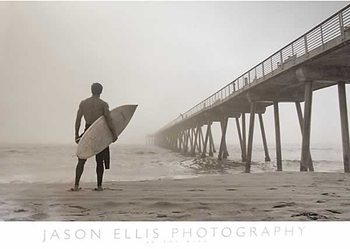 Juliste In the Mist - Surfer
