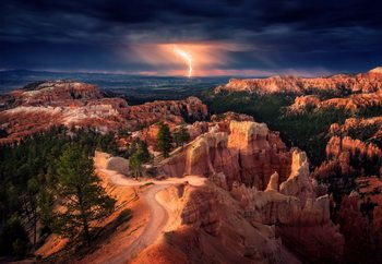 Lightning Over Bryce Canyon Valokuvatapetti