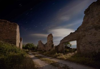 Mendinueta A Forgotten Place Valokuvatapetti