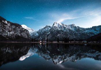Lasitaulu Night Reflections