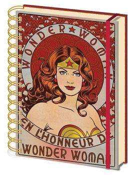 Wonder Woman - En L'Honneur De Muistikirjat