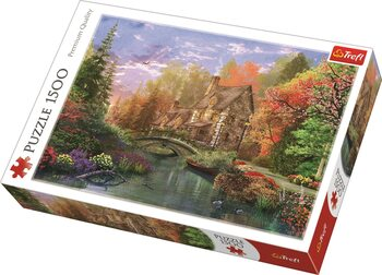 Puzzle Cottage by the Lake