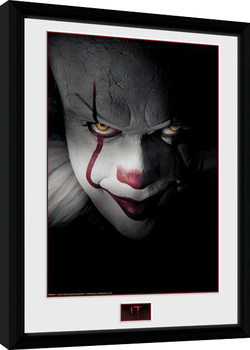 IT - Close Up Framed poster