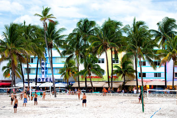 Art Print on Demand Moment of Life on Ocean Drive - Miami Beach