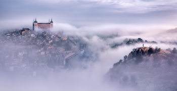 Art Print on Demand Toledo city foggy morning