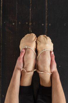 Art Print on Demand Warming the feet
