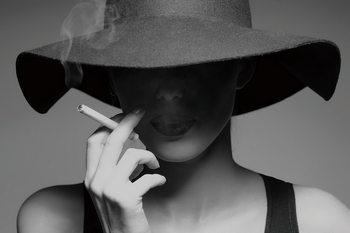 Quadro em vidro Passionate Woman - Smoking b&w