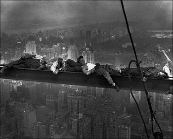 Reprodução do quadro  Anonimo - Radio City Workers