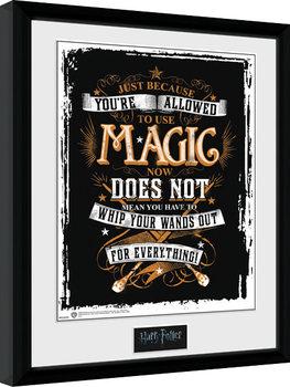 Harry Potter - Wands Out Poster Emoldurado