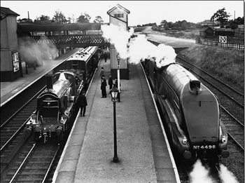 Reprodução do quadro  Steam train at Stevenage Station, 1938