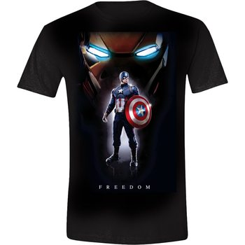T-shirts Captain America Posing