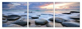 Rocks on a beach Taulusarja