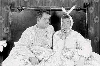 Laurel & Hardy - bed Affiche