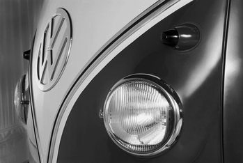 Papel de parede Volkswagen - Camper badge black & white