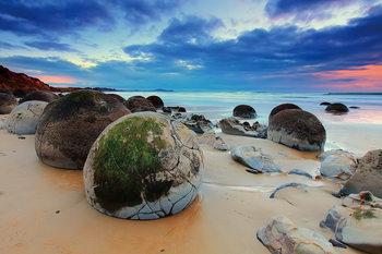 Lasitaulu Colored Beach with Stones