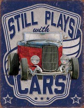 Metalllilaatta Still Plays With Cars