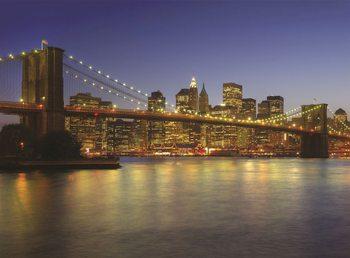 New York - Brooklyn Bridge à la tombée de la nuit Poster Mural