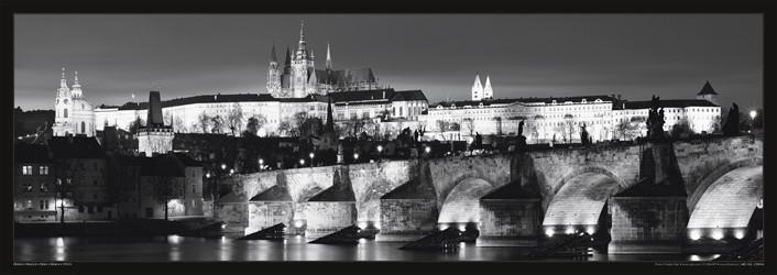 Prague – Prague castle / night b&w Affiche