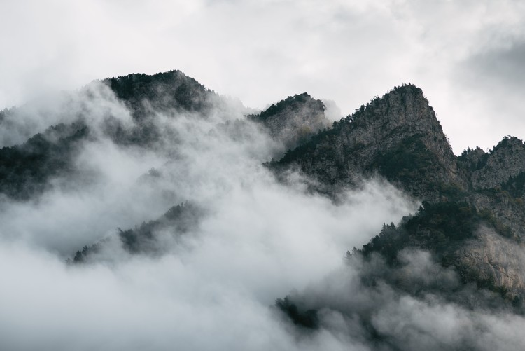 Art Photography Clouds between the peaks
