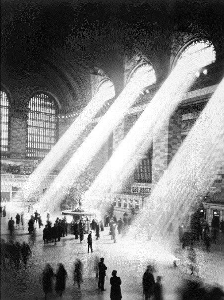 Impressão artística NEW YORK - Sunbeam in Grand Central Station