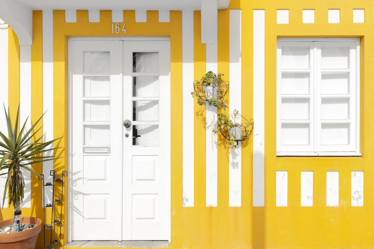 Arte Fotográfica Exclusiva Costa Nova Yellow Facade