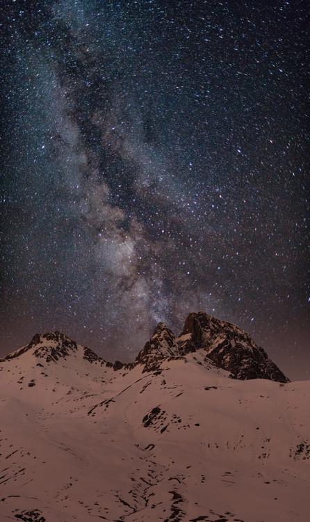 Arte Fotográfica Exclusiva Red light Peak under the milky way