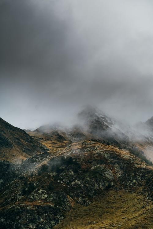 Arte Fotográfica Exclusiva Clouds over the peak