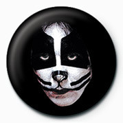 KISS (PETER CRIS) Badge