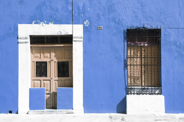Canvas Print 130 Street Campeche - Blue Wall