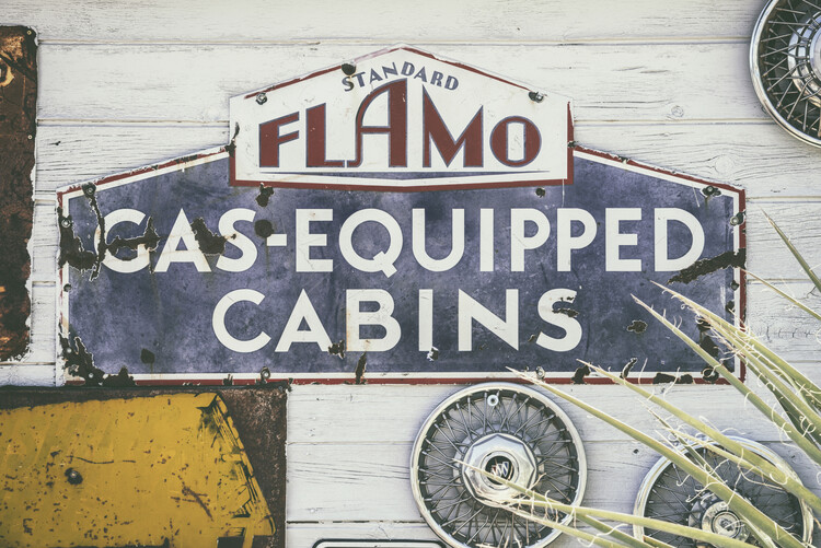 Canvas Print American West - Gas Equipped