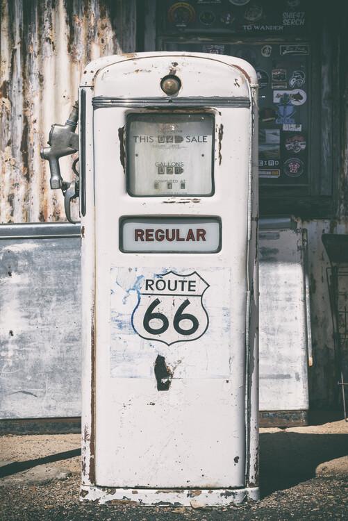 Canvas Print American West - Regular 66 Gas Station