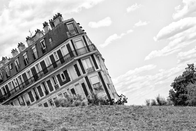 Canvas Print Black Montmartre - Sinking Building
