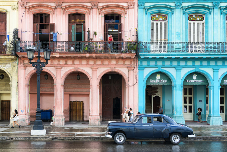 Canvas Print Colorful Architecture and Black Classic Car