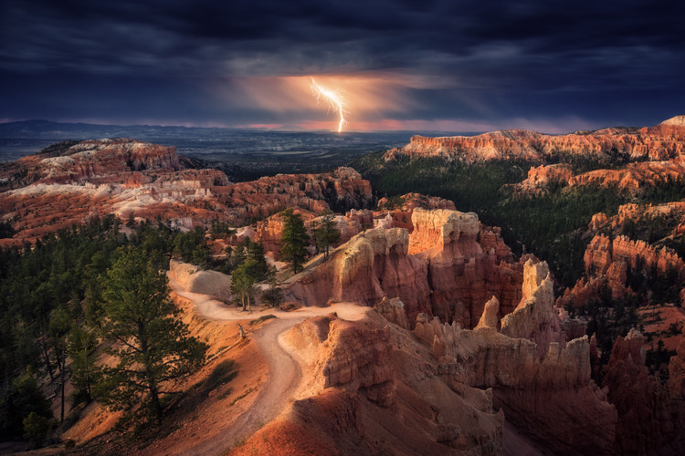 Canvas-taulu Lightning over Bryce Canyon