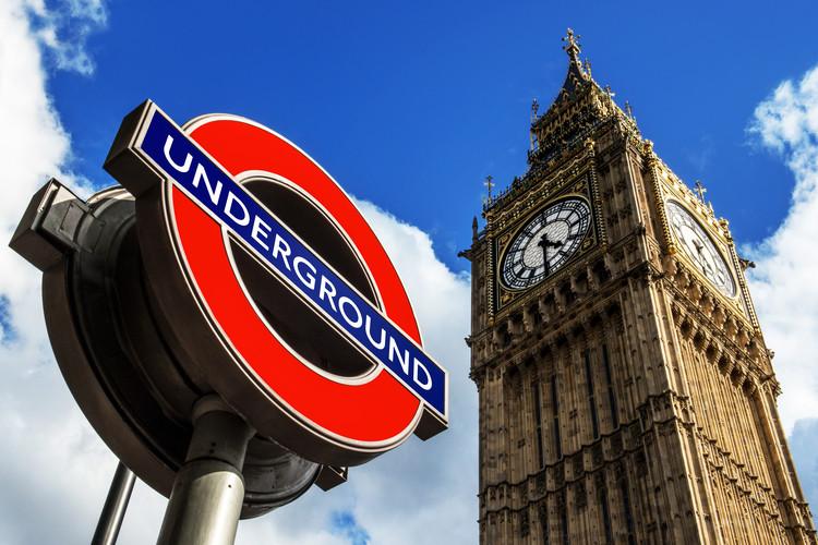 Eksklusiiviset taidevalokuvat Big Ben and Westminster Station Underground