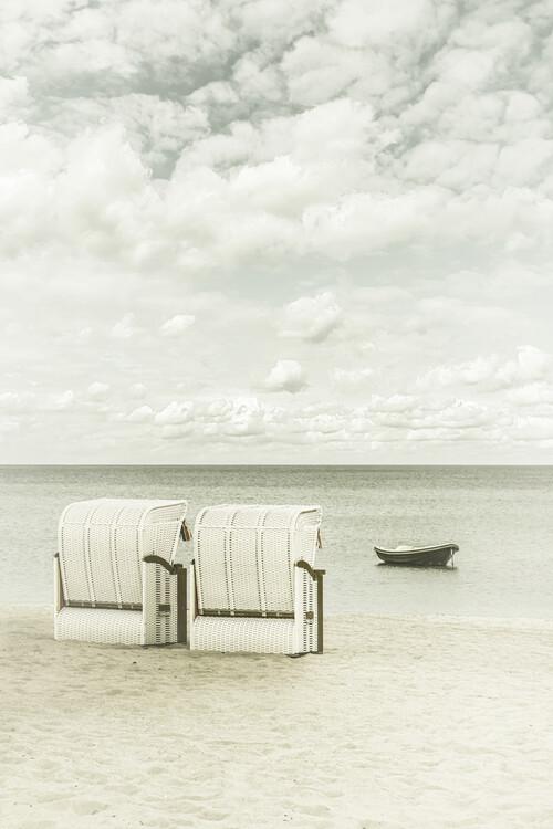 Eksklusiiviset taidevalokuvat Idyllic Baltic Sea with typical beach chairs | Vintage