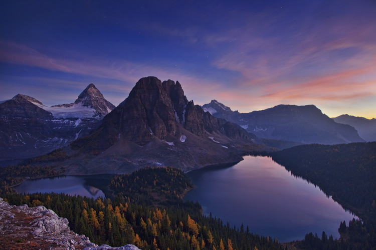 Eksklusiiviset taidevalokuvat Twilight at Mount Assiniboine