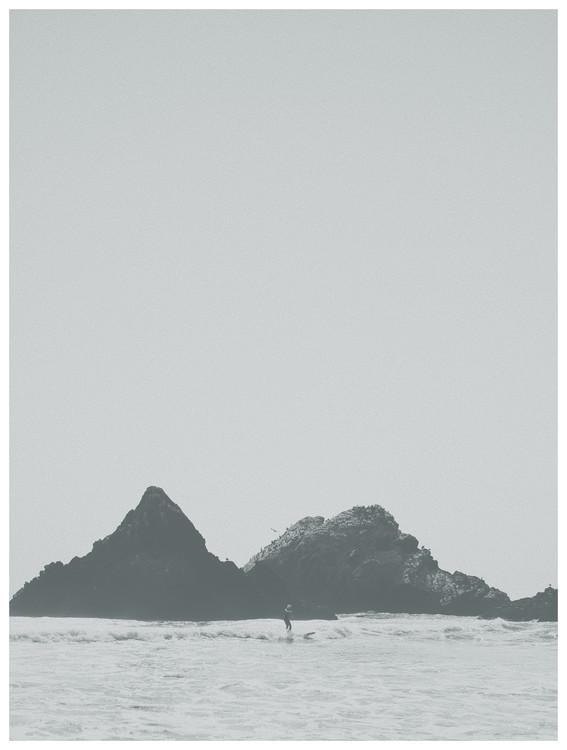 Eksklusiiviset taidevalokuvat border black cliff beach