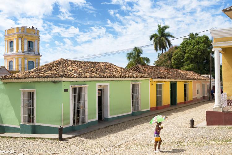 Eksklusiiviset taidevalokuvat Colorful Street Scene in Trinidad